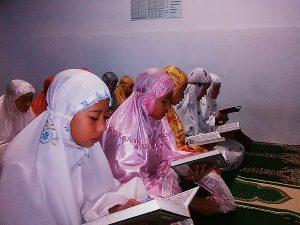 membaca al-quran bersama 2